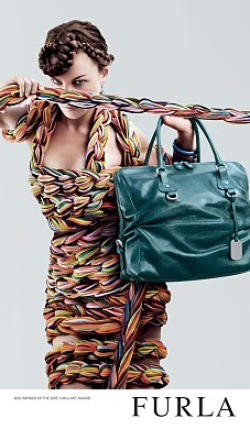 Shopping news: Gianfranco Ferre si Furla in Catwalk