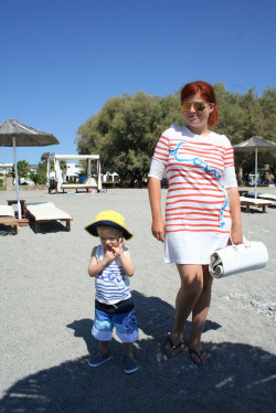 Amintiri de vacanta: Mama & baby at the beach
